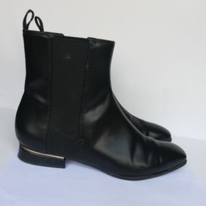 Charles And Keith Women's Ankle Boots Booties